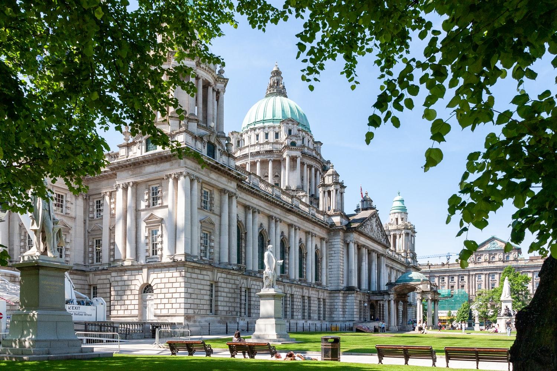 Reino-Unido-ou-Inglaterra-Sede-da-Câmara-Municipal-de-Belfast