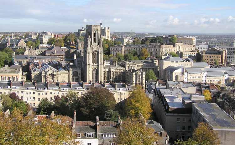 Vista aérea da University of Bristol