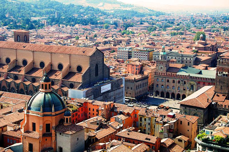 Bologna-é-uma-das-melhores-cidades-na-Itália-para-fazer-intercâmbio