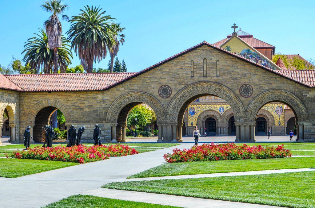 Knight-Hennessy Scholars: pós-graduação com bolsa em Stanford