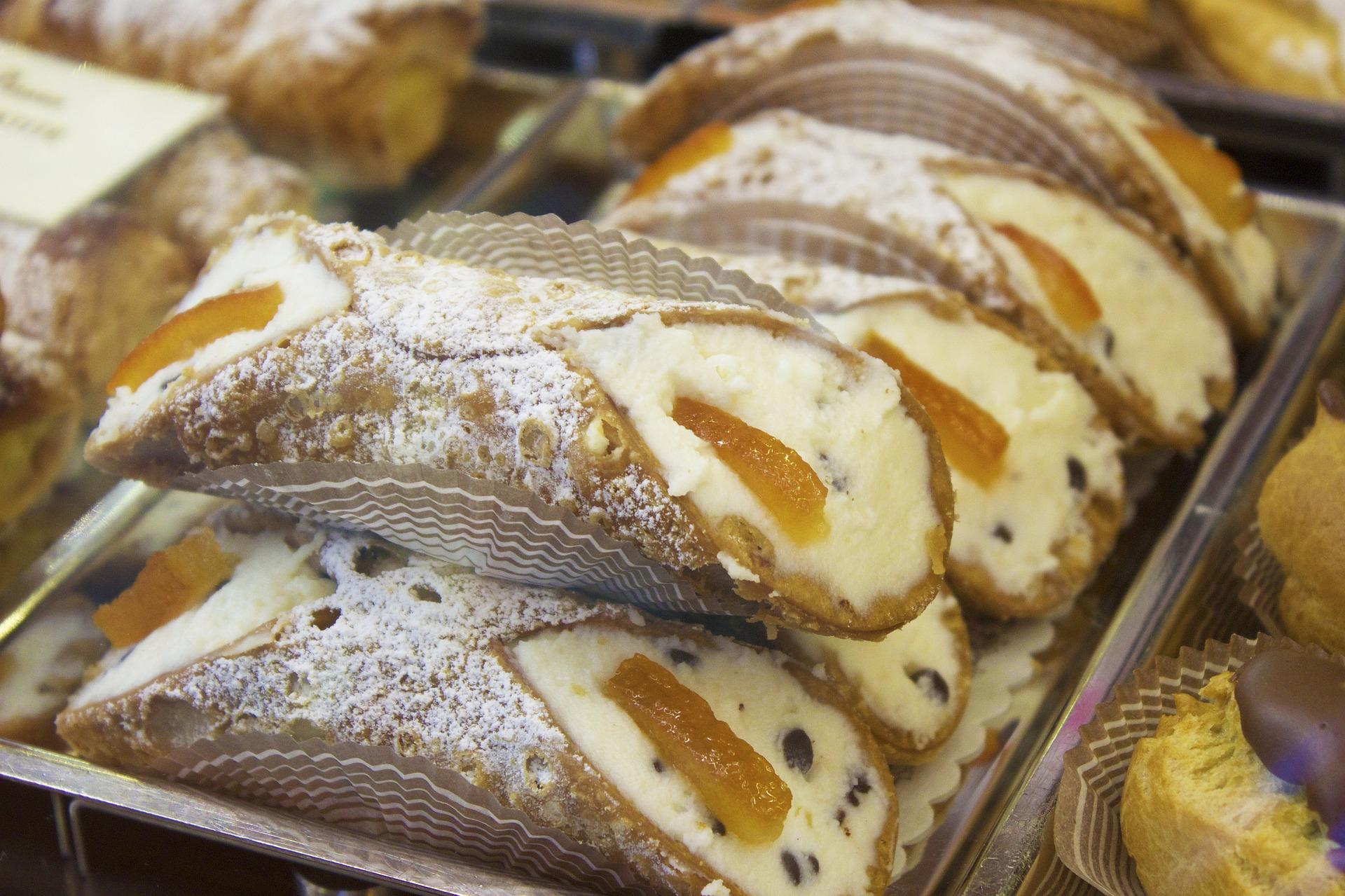 pratos-italianos-para-provar-Cannoli