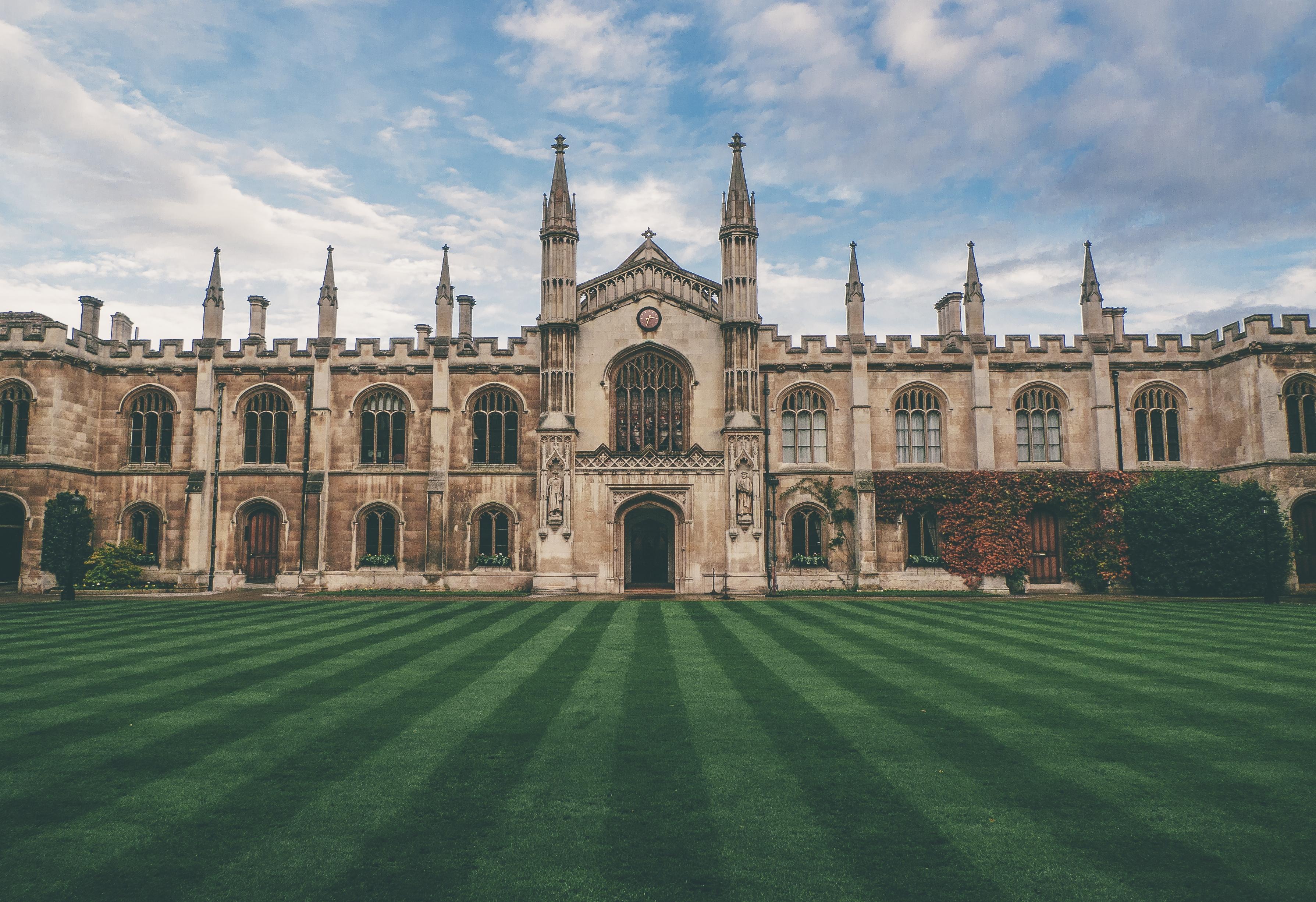 8 universidades mais bonitas do mundo
