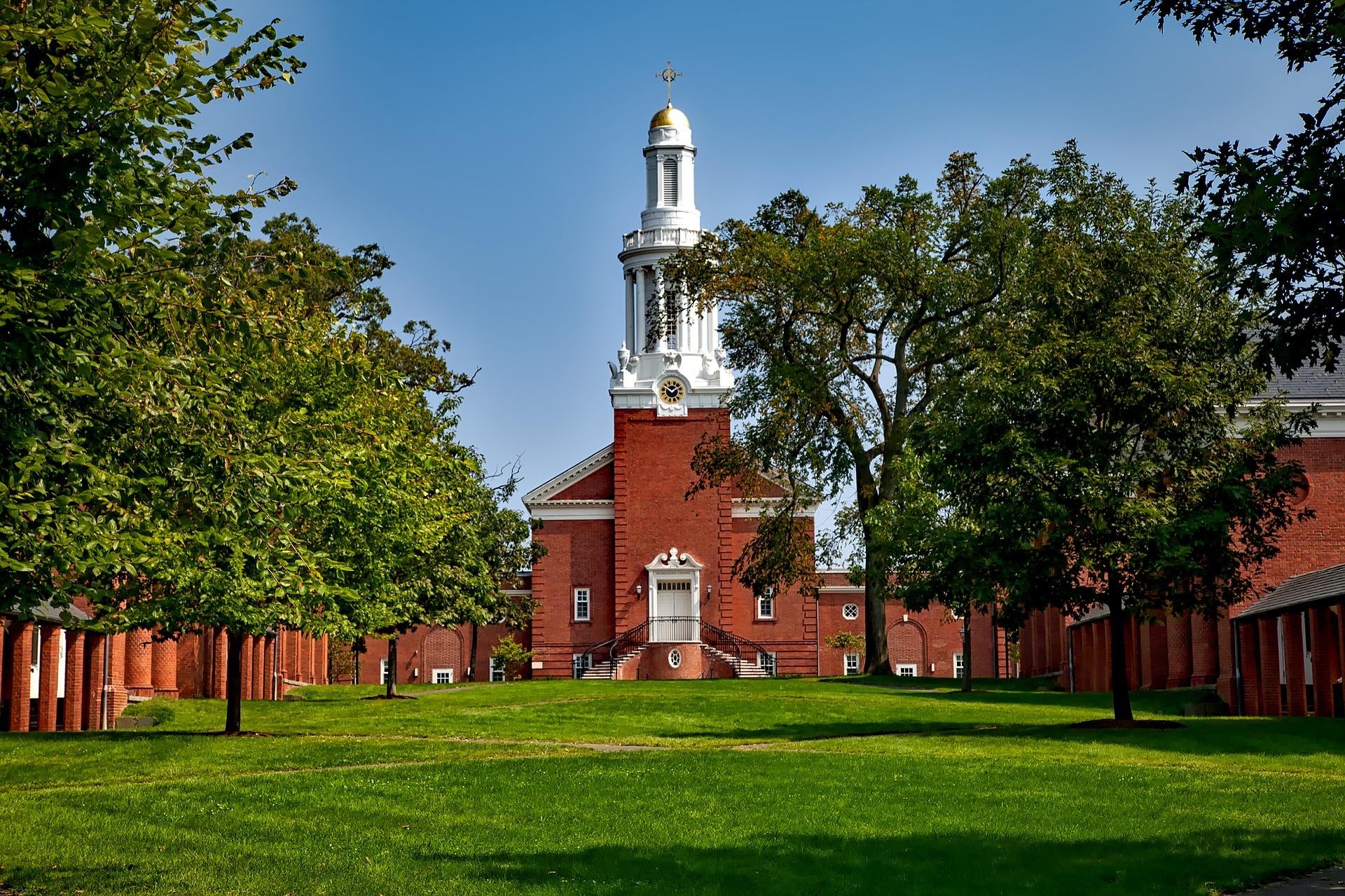 Universidade-Yale