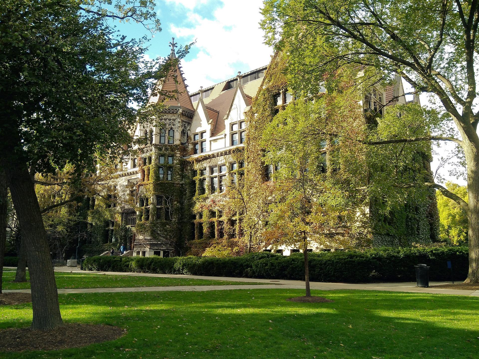 Universidade de Chicago: TOP 10 nos EUA 1