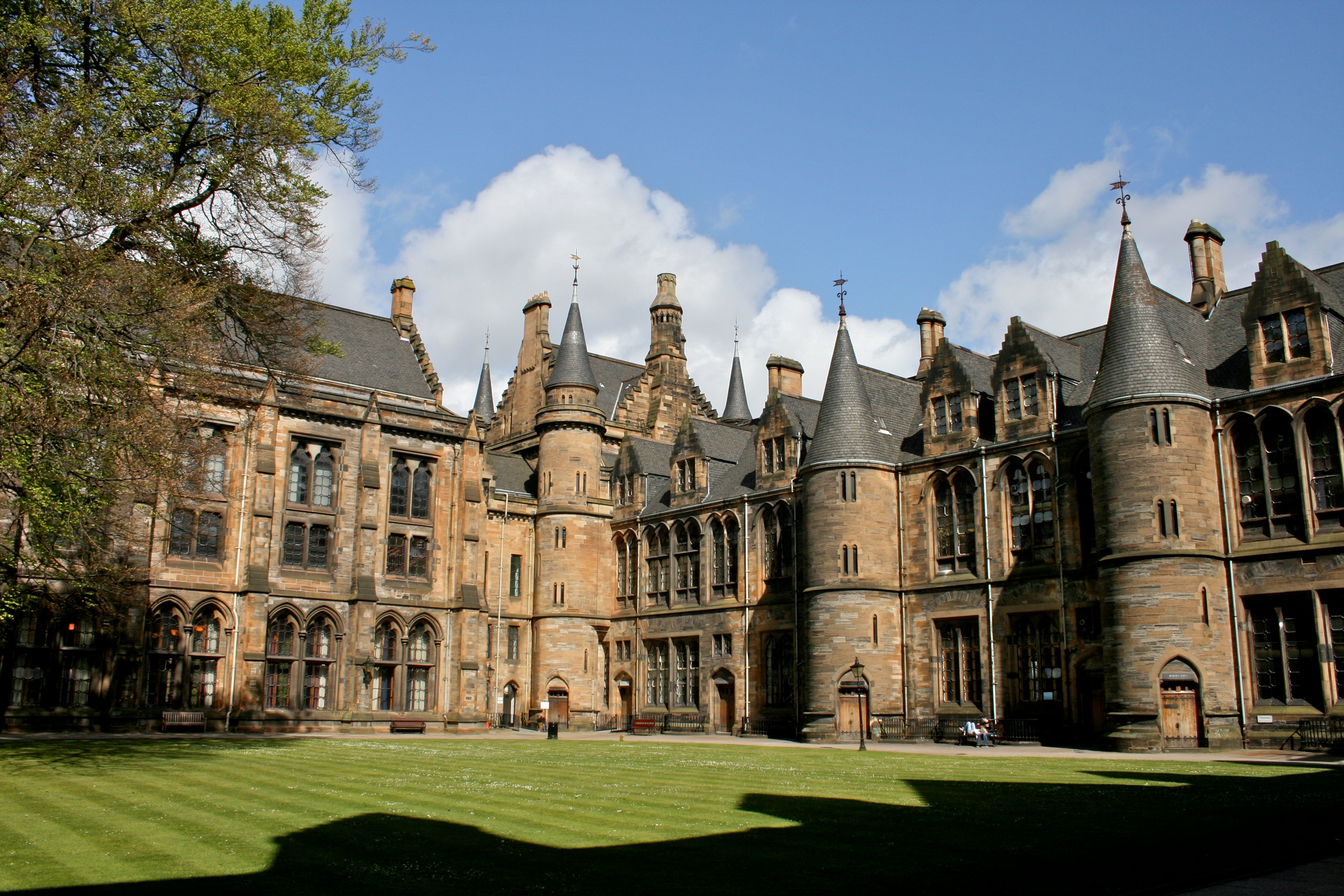 A-Glasgow-University-é-uma-das-universidades-mais-bonitas-do-Reino-Unido