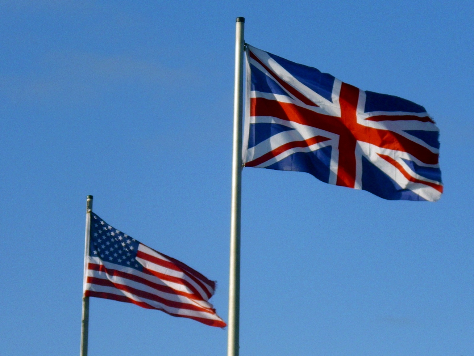 4 diferenças entre as universidades americanas e britânicas