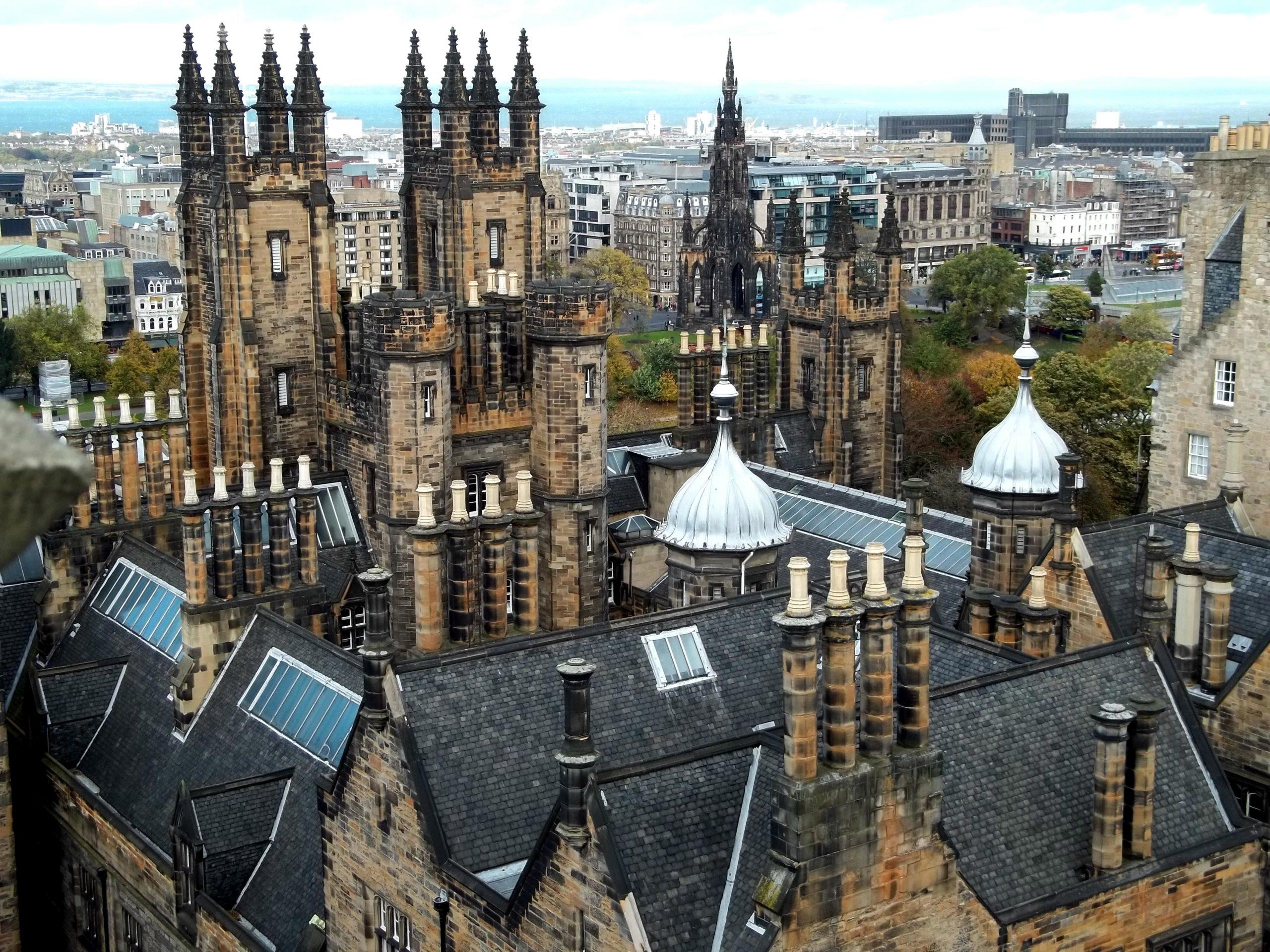 New-College-da-Universidade-de-Edimburgo