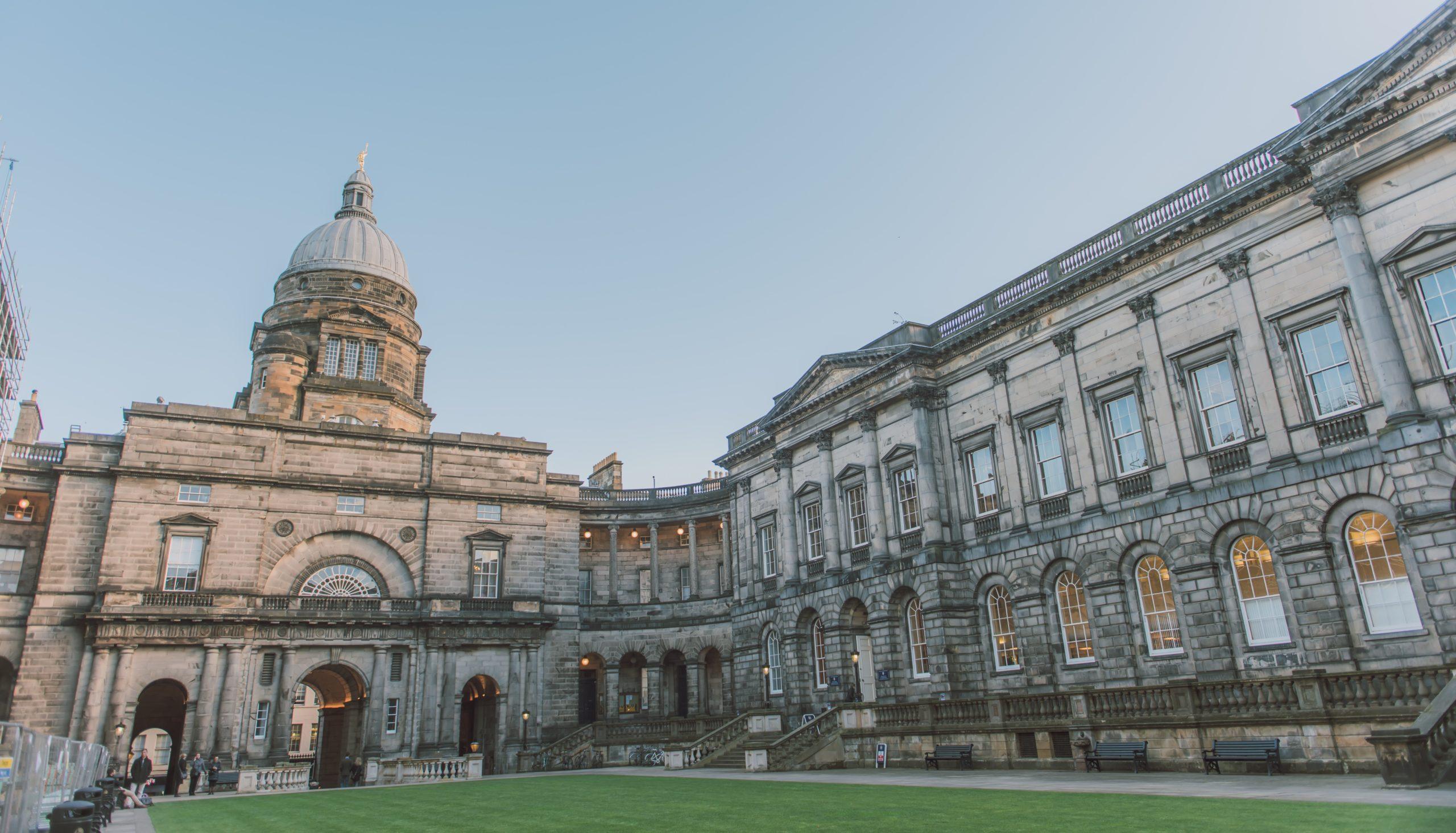 Universidade de Edimburgo: 436 anos de história