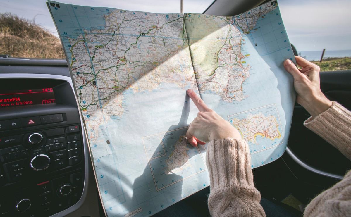 6 formas baratas de viajar pelo mundo