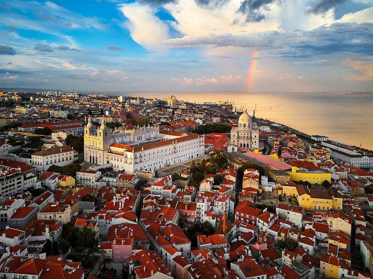 Intercâmbio em Lisboa: 5 benefícios dos cursos de verão