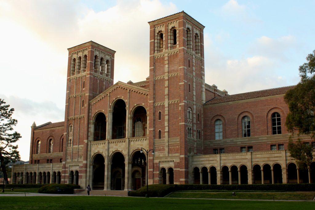 LA-universidades vistas em filmes
