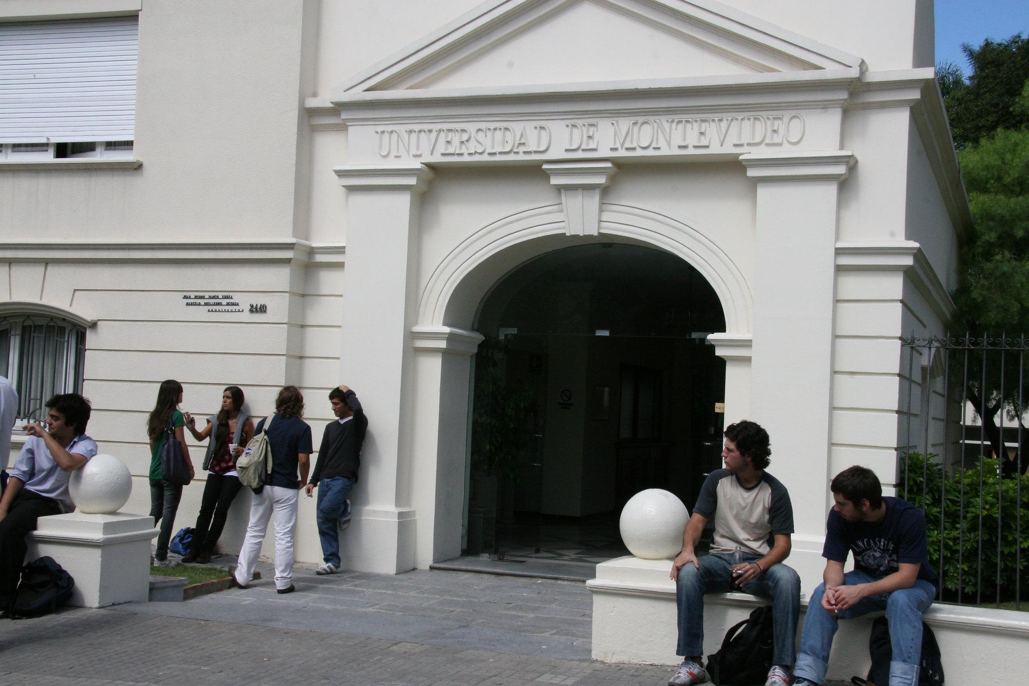 onde-estudar-no-uruguai