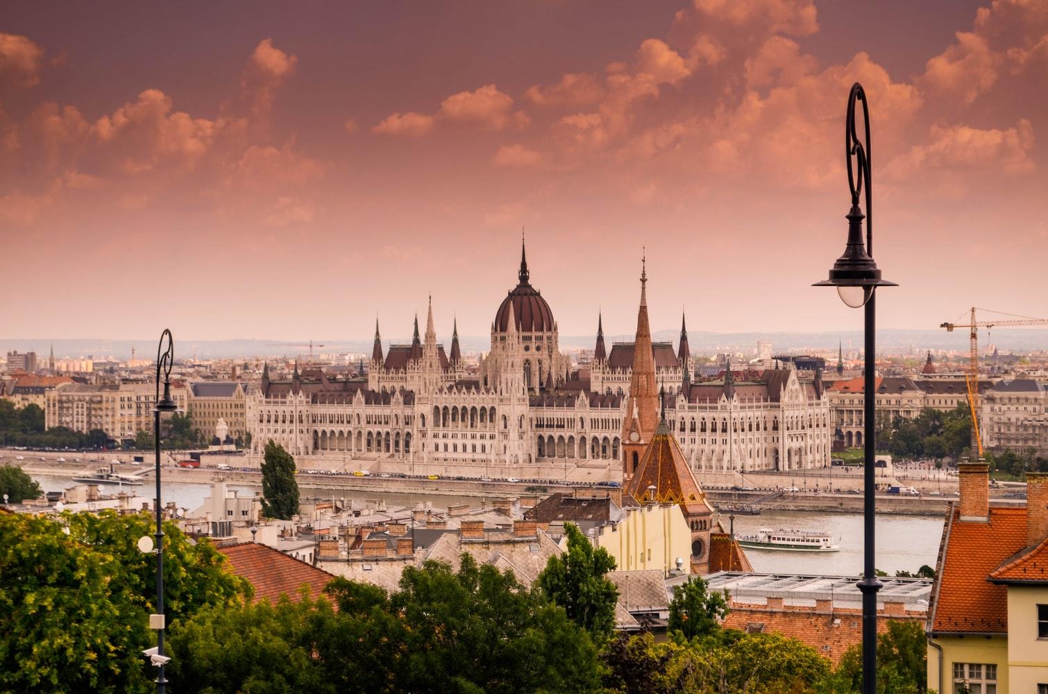 ficar-1-ano-na-europa-sem-visto-budapeste
