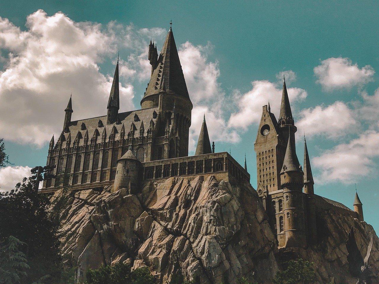 Escolha um personagem de Harry Potter e diremos onde você deveria estudar