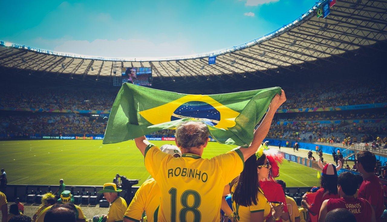 4 destinos de intercâmbio para fãs de futebol