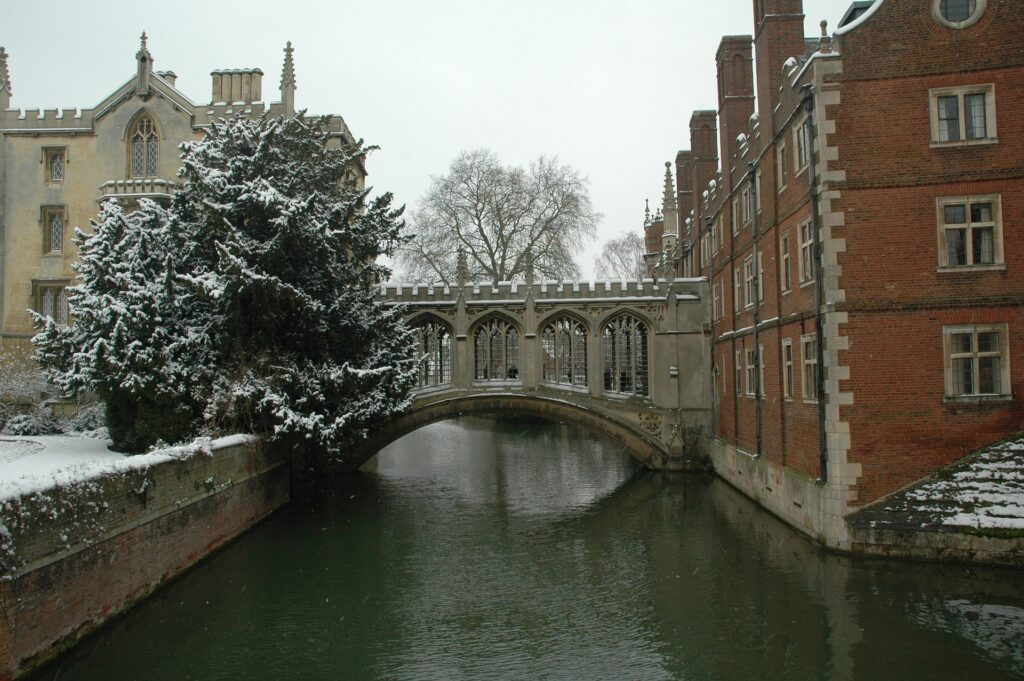 3-oxford-e-cambridge