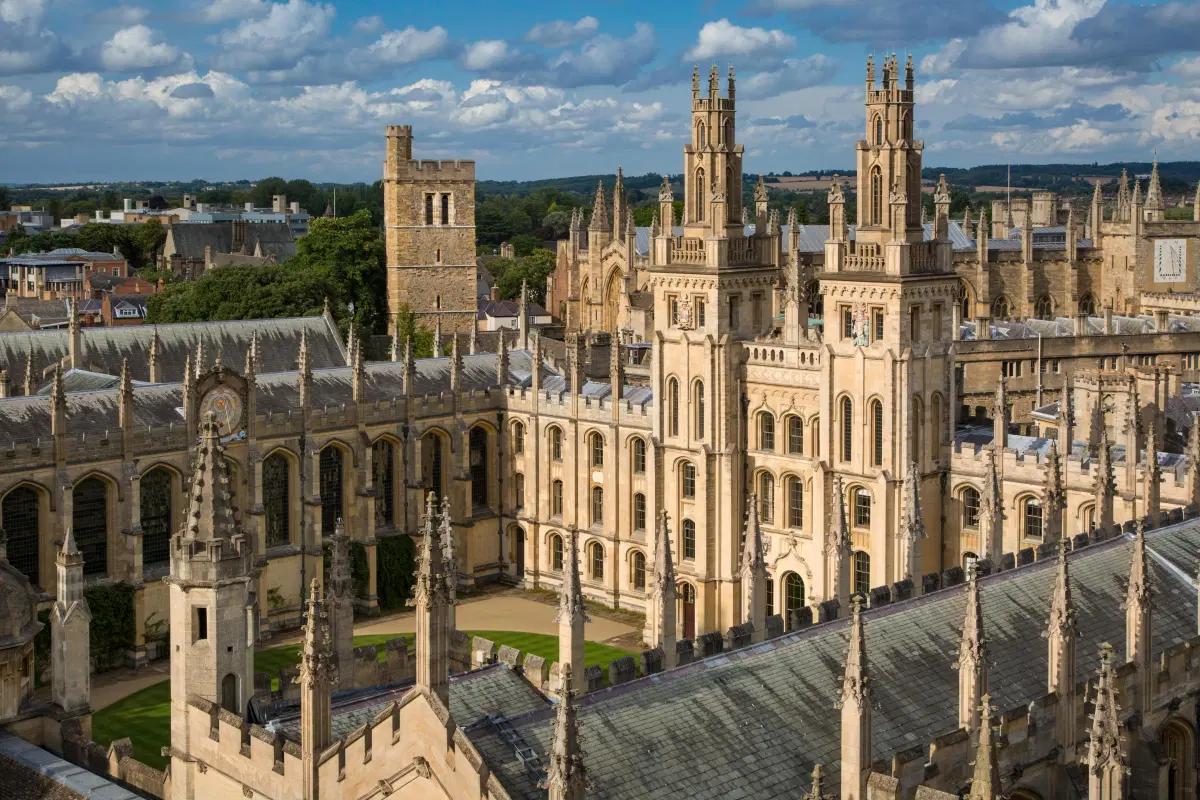 Oxford e Cambridge: qual é a melhor?