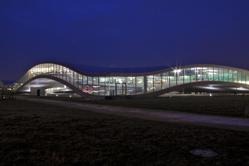 Rolex-Learning-Center-EPFL