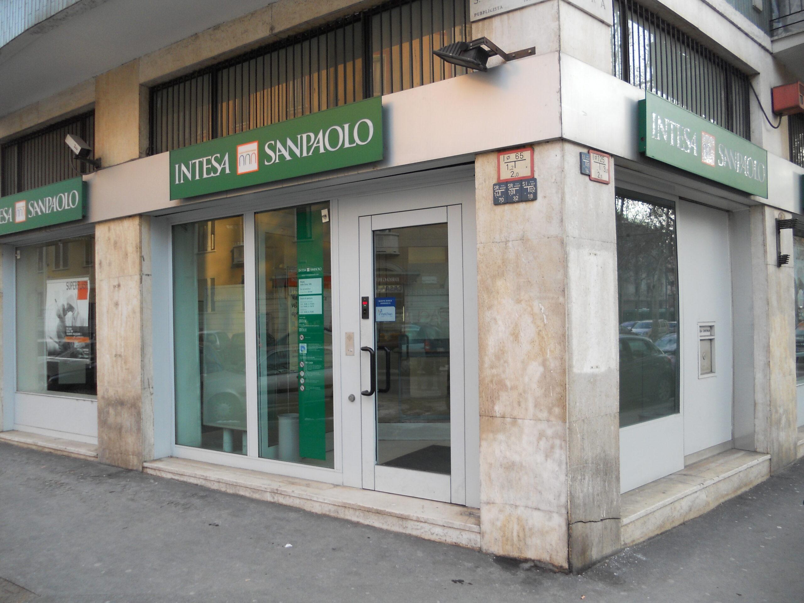 conta-bancaria-na-italia-intesa-san-paolo