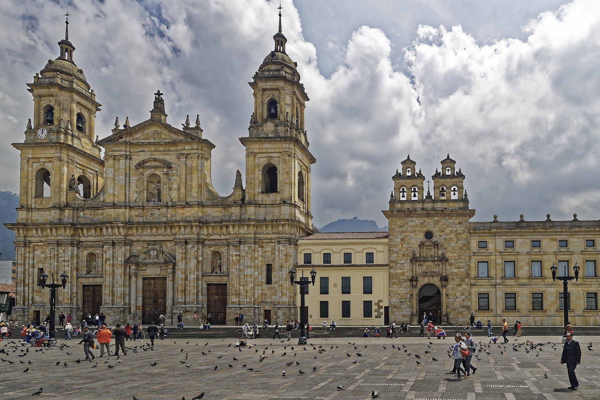 melhores-cidades-para-estudar-na-colombia-bogota