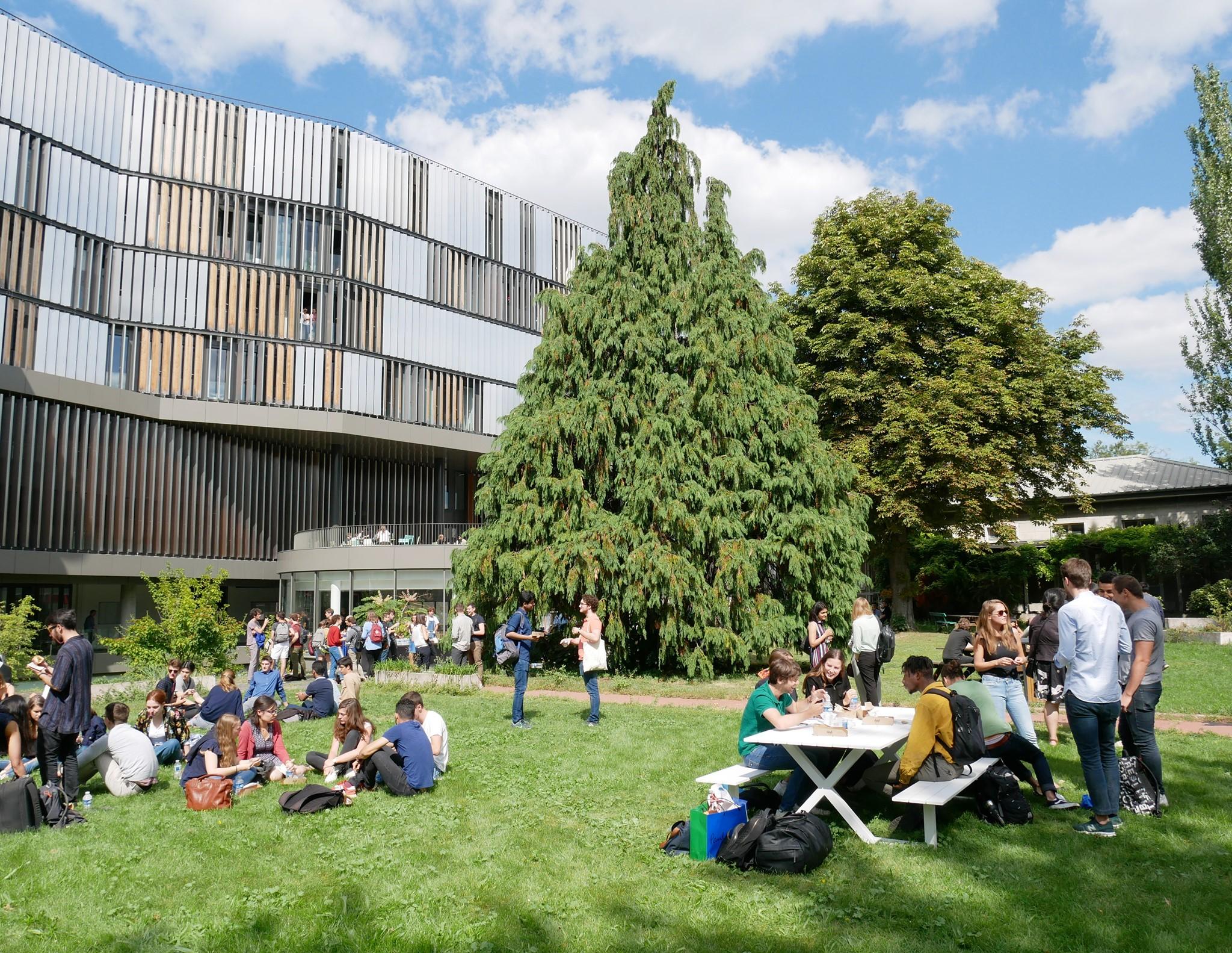 melhores-escolas-de-economi-da-europa-paris-school