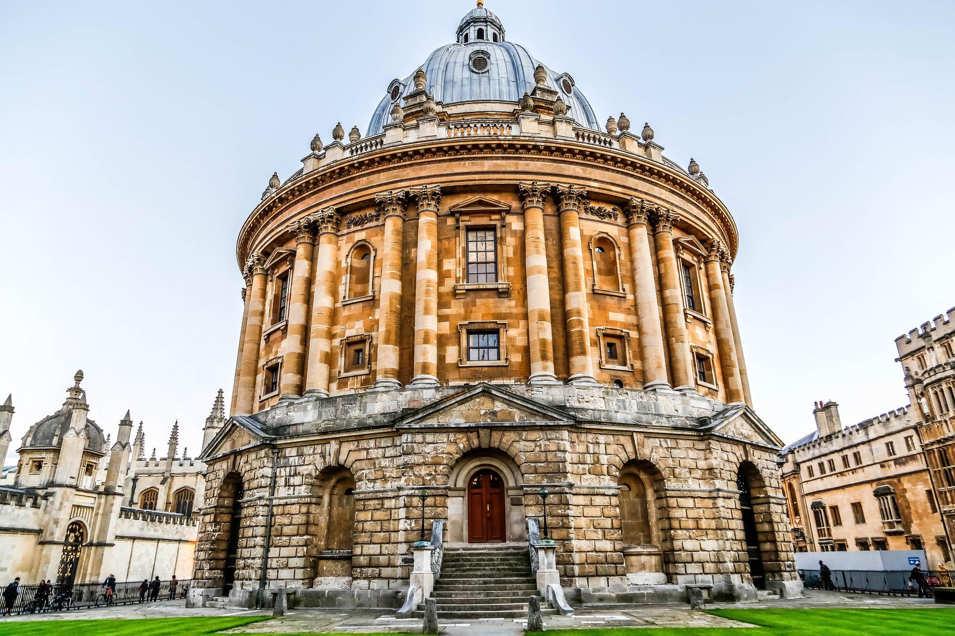 O que são as bolsas Rhodes da Universidade de Oxford?