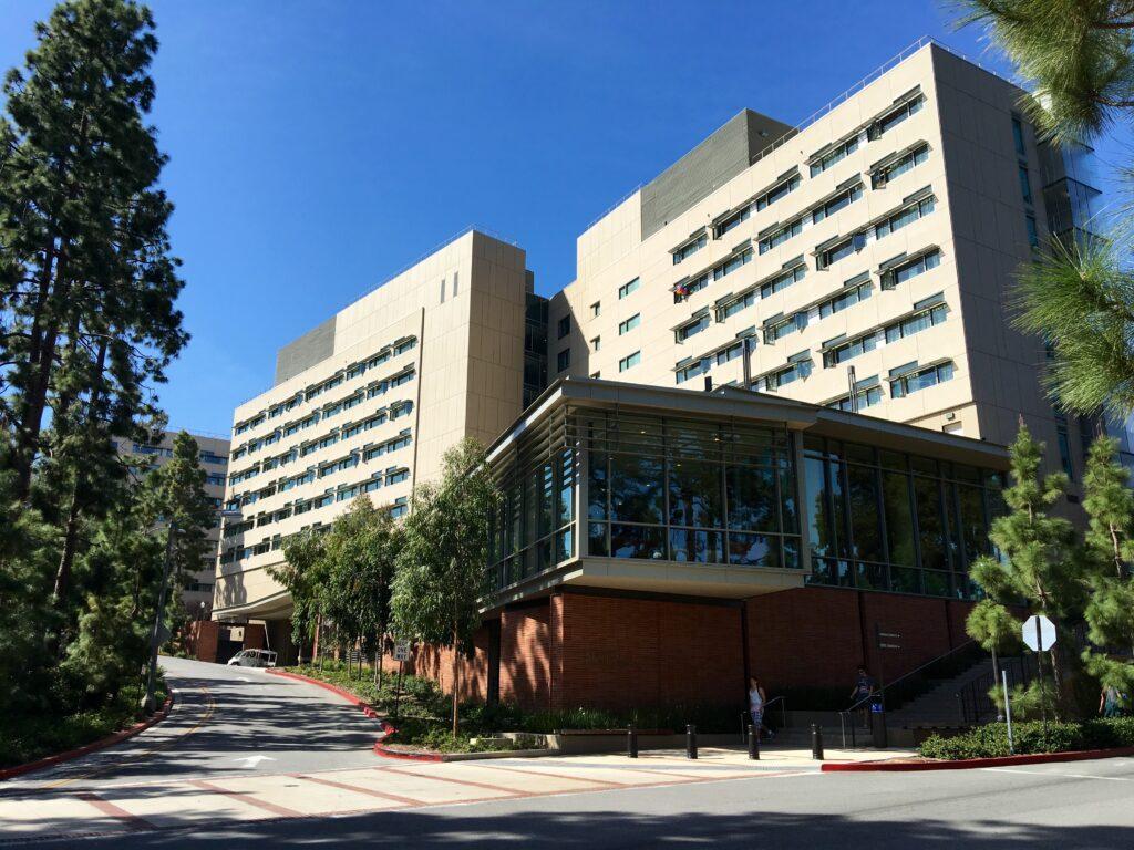 UCLA-dormitórios
