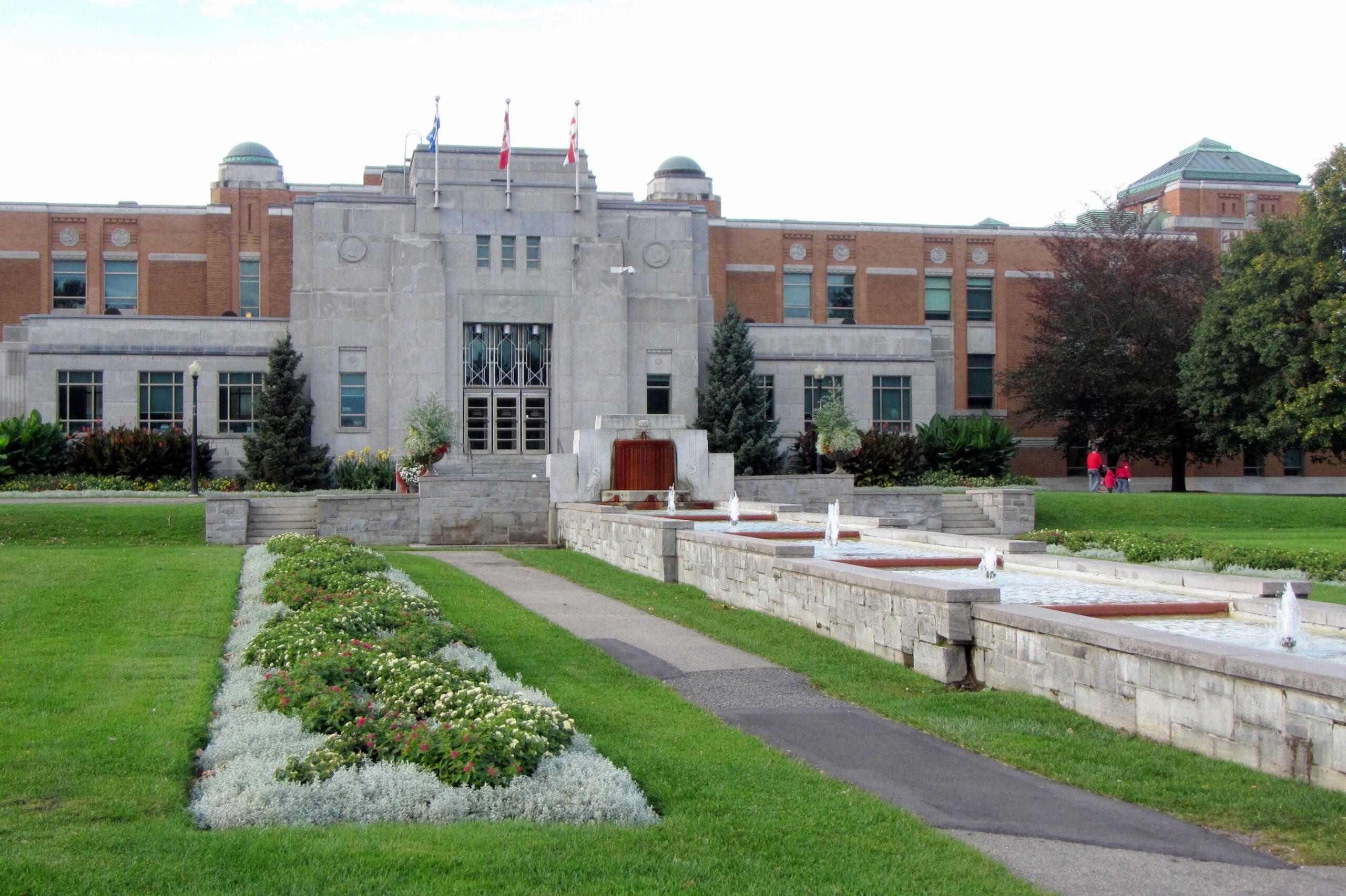 Universidade-de-Montreal-Instituto-de-Pesquisa-Bio
