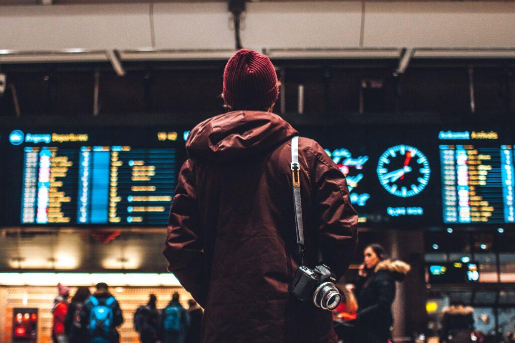 3-viajar-de-avião-para-o-exterior