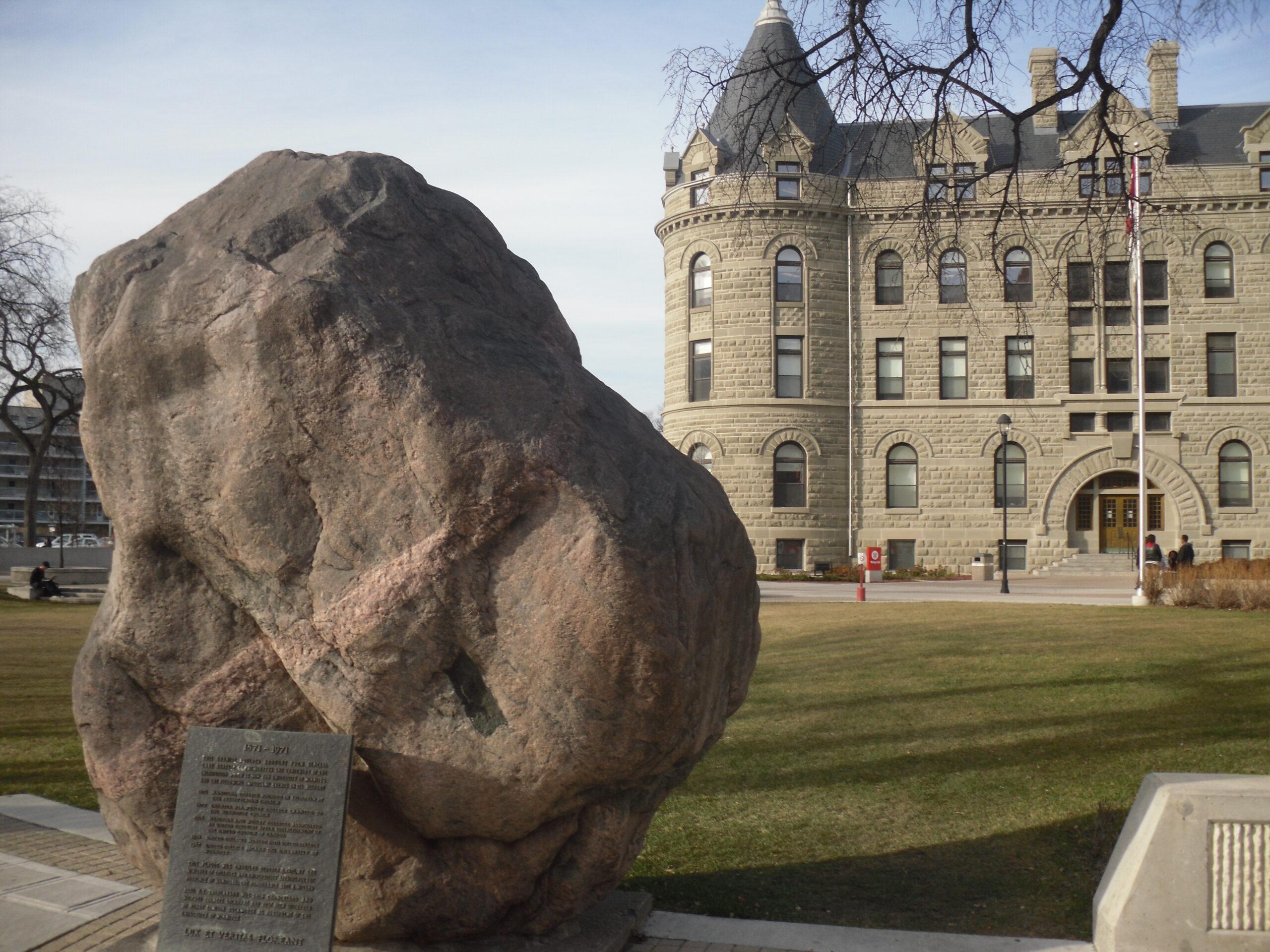 Conheça a bolsa President's Scholarship for World Leaders da Universidade de Winnipeg