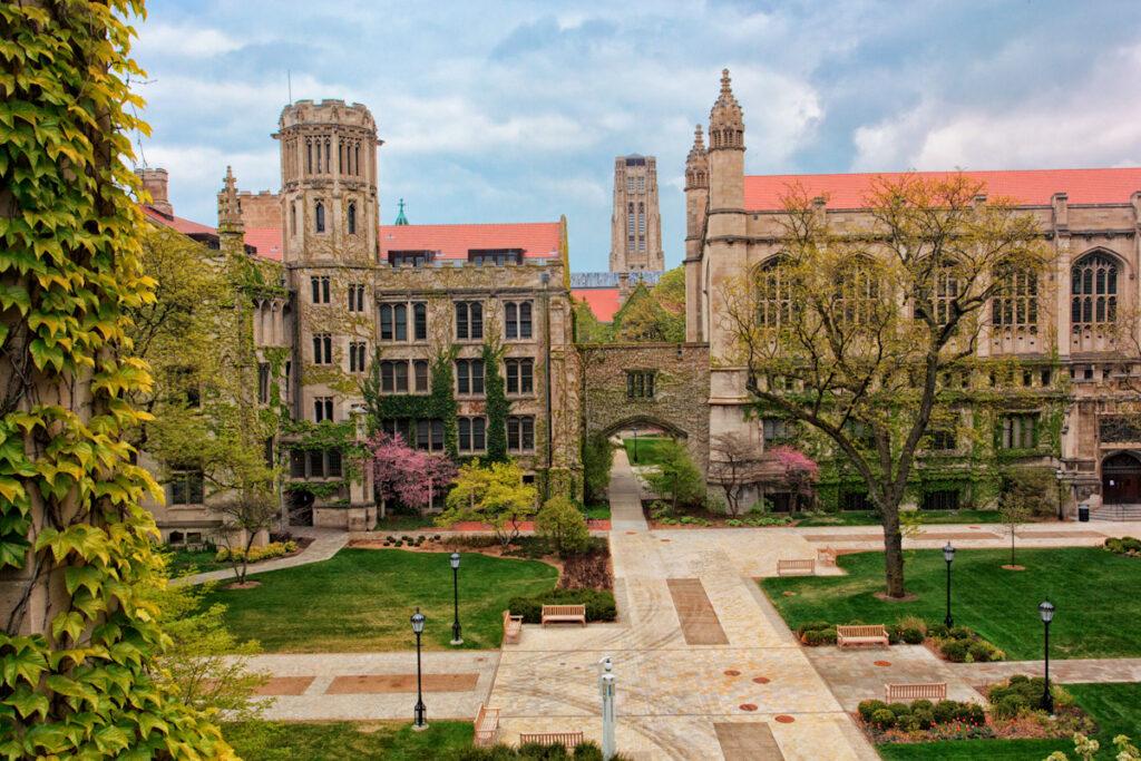 tudo-sobre-intercâmbio-universidade-de-chicago