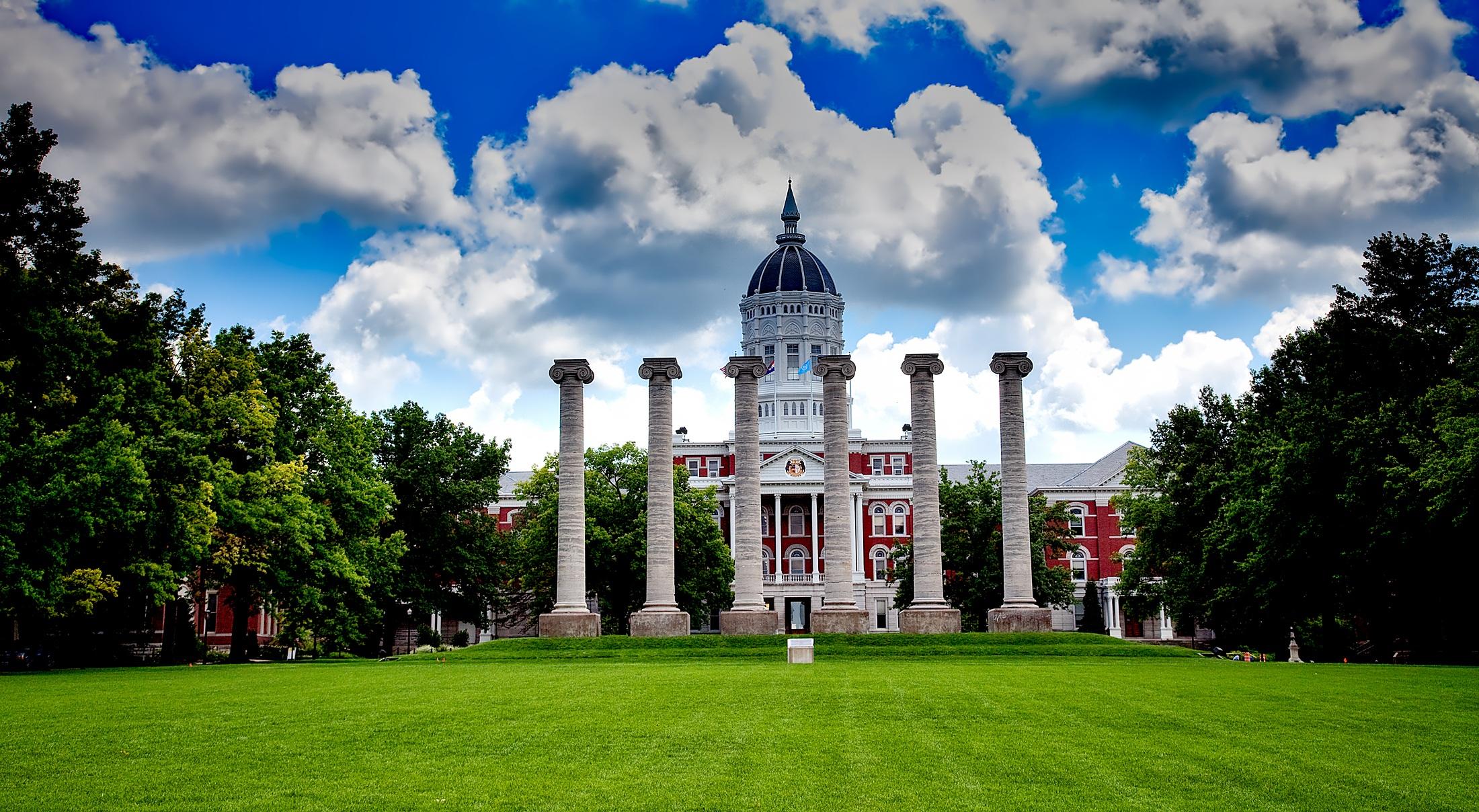 3 universidades americanas que oferecem bolsas de estudos para estrangeiros
