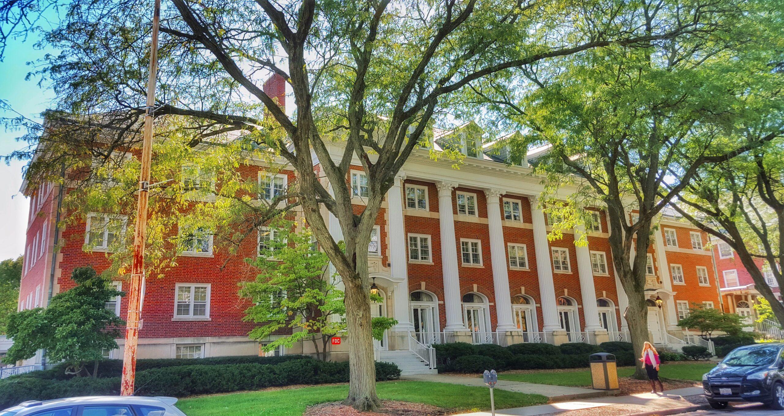 Como funcionam os dormitórios das universidades americanas?