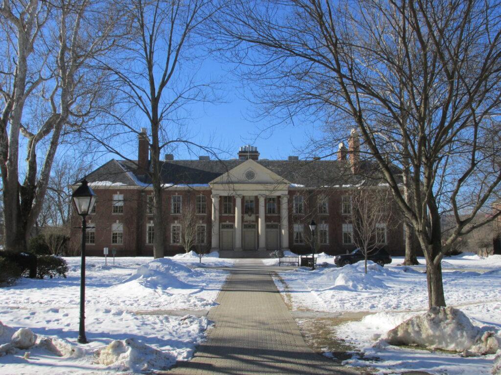 melhores-boarding-schools-Deerfield-Academy
