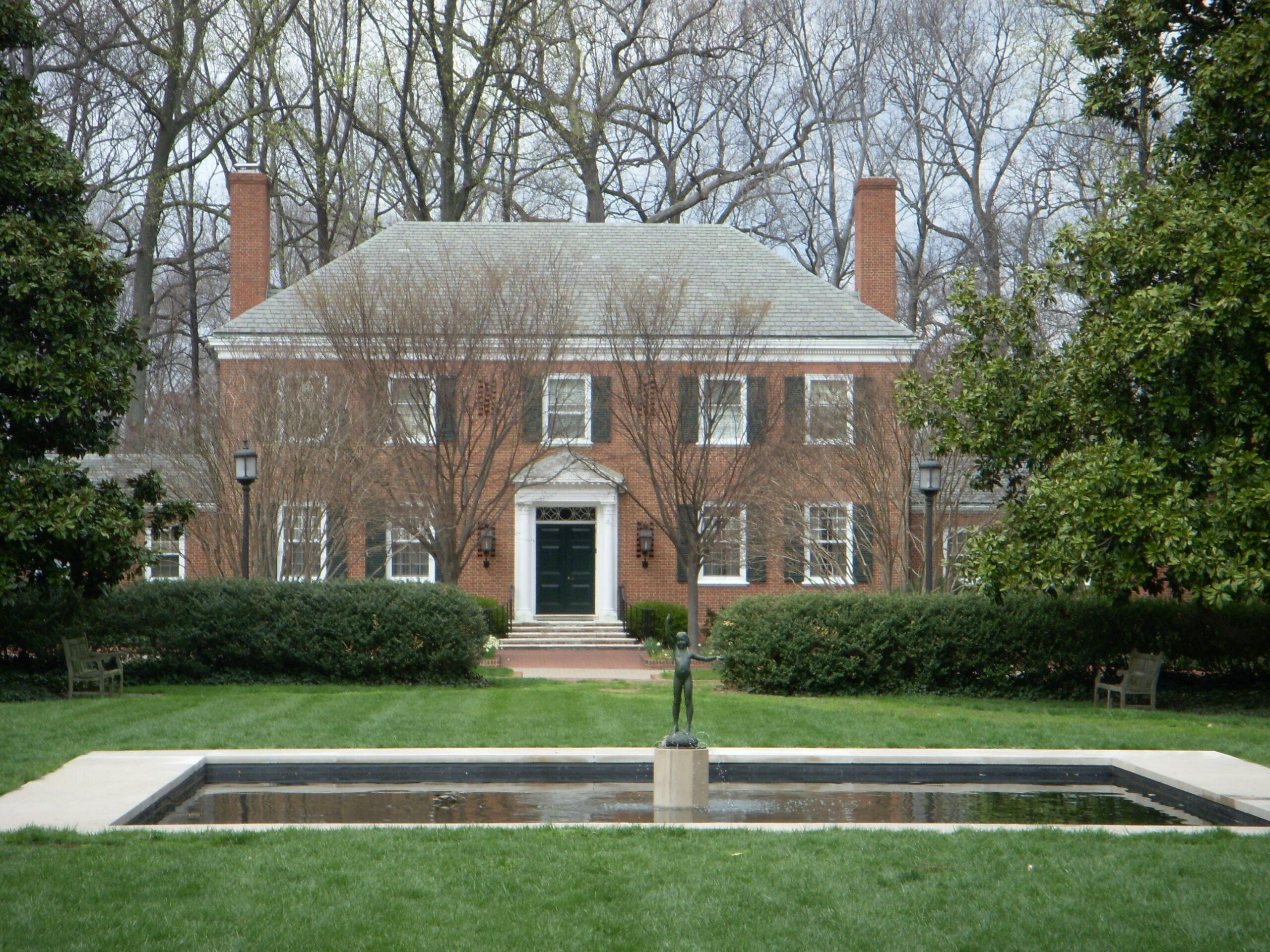 Como estudar na Universidade Johns Hopkins com bolsa?