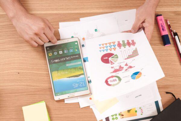 cursos-online-de-economia-capacursos-online-de-economia-capa