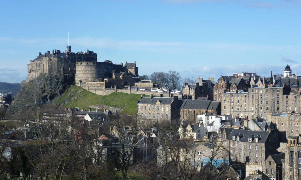 cidades-universitárias-da-Europa-Edimburgo